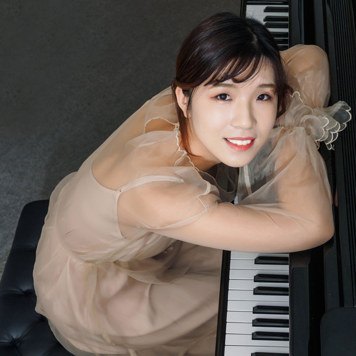 services piano direction